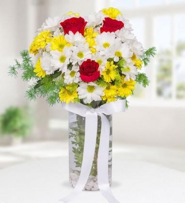 Vazo İçinde Renkli Papatya ve Güller
